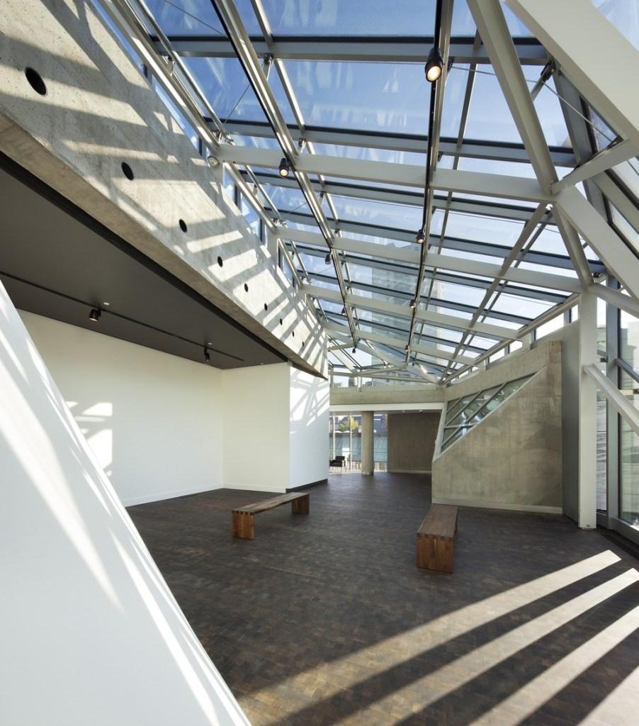 Mit dem Bau des neuen Claire und Marc Bourgie Pavillons von Quebec und der kanadischen Kunst im Montrealer Museum der Schönen Künste haben die Architekten von Provencher Roy + Associés Architectes eine bemerkenswerte Umwandlung einer Kulturkirche erreicht