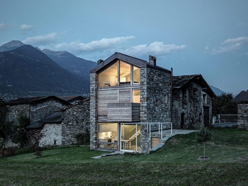 rustikales Steinhaus by rocco borromini