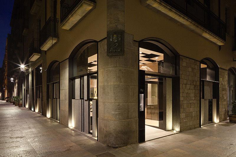 Girona Restaurant mit Steinverkleidung